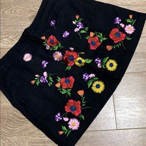 Top shop embroidered mini skirt